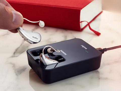 充電式補聴器