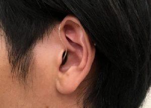 耳かけ型 ric